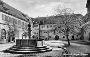 Le château de Hohentübingen, cour intérieure, carte postale des frères Metz, droits : Haus der Geschichte Baden-Württemberg