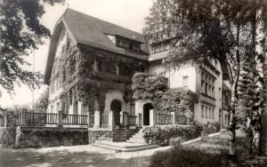 Le premier bâtiment du Centre d'Études Françaises dans la Normannenhaus